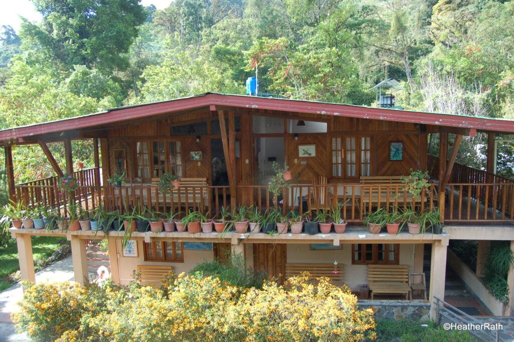 Los Quetzales Lodge, back view